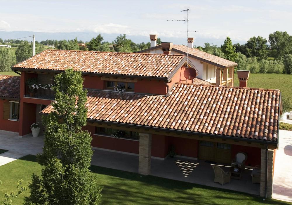 Sun hitting roof 利用多物理场仿真分析新型屋面瓦的设计