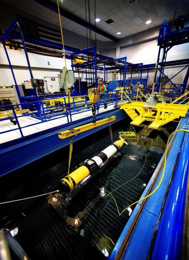 Northrop Grumman Corporation公司的声学测试池的照片