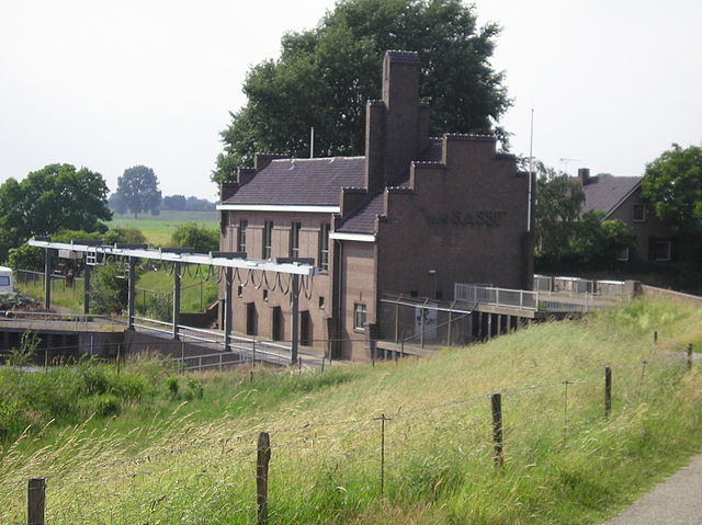 Pumping station.