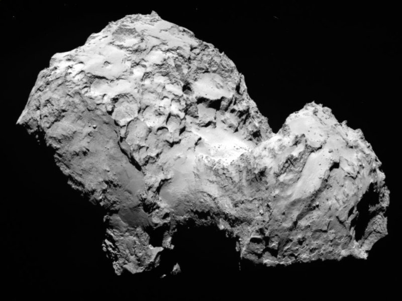 A picture showing the surface structures of the comet 67P/Churyumov-Gerasimenko.