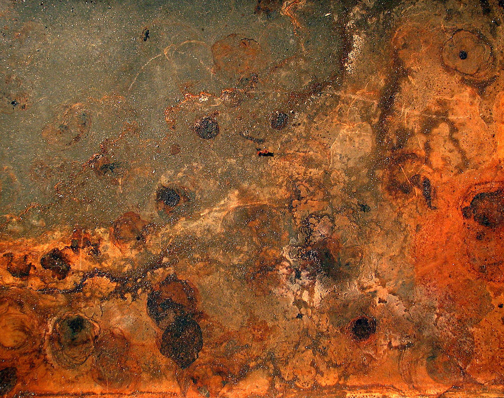 A picture showing rust.