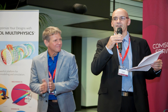 Picture showing Svante Littmarck and Eric Favre at the COMSOL Conference 2015 Grenoble.