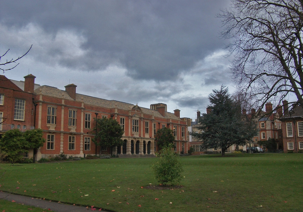 A photograph showing Somerville College in Oxford.