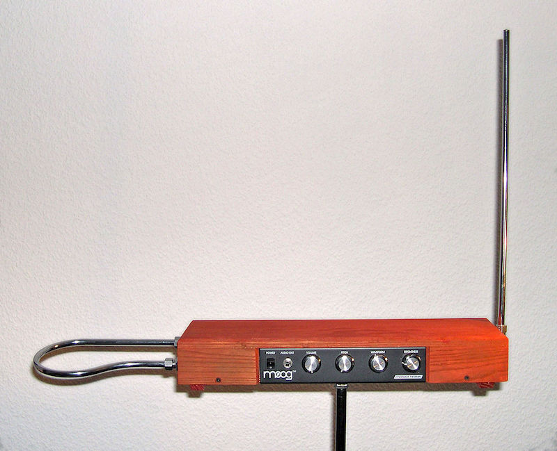 Image depicting a modern theremin device.