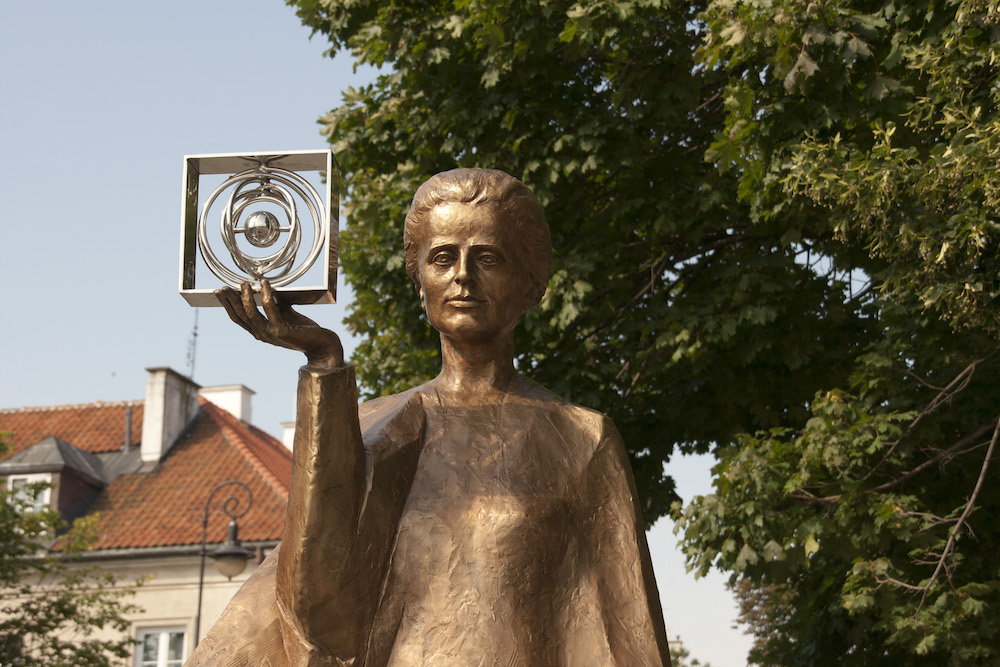 A monument of Marie Curie.