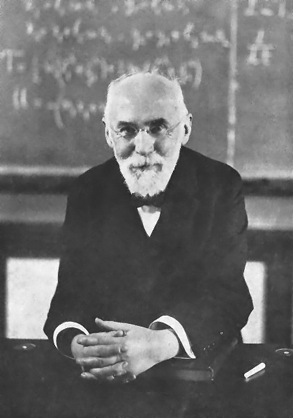 A black-and-white photo of Hendrik Lorentz.