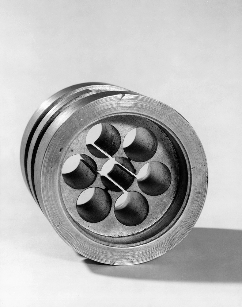 A photograph of the original cavity magnetron.